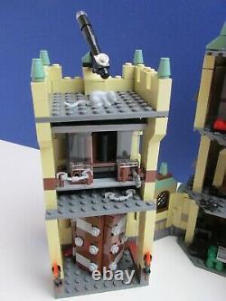 Complete 4842 lego HARRY POTTER HOGWARTS CASTLE model SET minifigures 0918