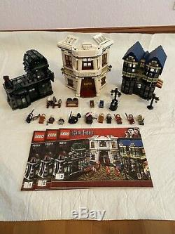 Complete Discontinued Set LEGO Harry Potter Diagon Alley Shops Mint Condition