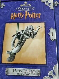 Complete Set Harry Potter Hallmark Ornament Display & 5 Keepsake, New, 2000