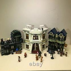 Complete Set LEGO Harry Potter Diagon Alley 2011 (10217) Used