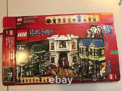 LEGO 10217 Harry Potter Diagon Alley 99% Complete Includes all Minifigs +Manuals