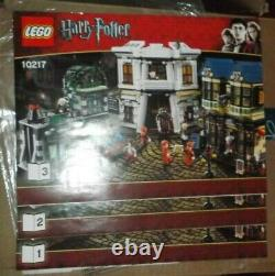 Lego 10217 Harry Potter Diagon Alley complete with manuals EUC