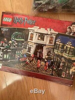 Lego Harry Potter Diagon Alley (10217) Complete with Minifigs & Manual