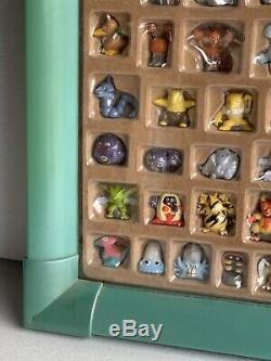 Boîte À Figurines Pokemon Hasbro Mini-figurines Complet 152 Figurines Cadre Pour Jouet Rare