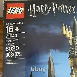 Castle Lego Harry Potter Poudlard Set (71043) Complete Avec La Boîte Et Livres