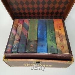 Harry Potter Complete Series 1-7 J. K Rowling Livre Boxed Set Hardcover Poitrine