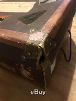 Harry Potter Relié Complete Box Set Dans Le Coffre Volume 1-7 Livres Et Beedle Bard