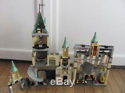 Lego 4709 @@ Harry Potter @@ Château De Poudlard @@ Complet À 100%