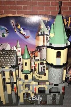 Lego 4709 Manuel Castle Harry Potter Poudlard Complete Box Set Minifigures