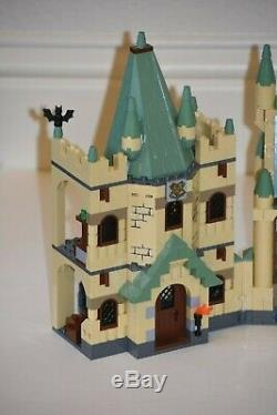 Lego 4842 Castle Harry Potter Poudlard 100% Château Complète Seulement