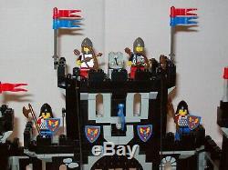 Lego 6085 Black Knights Castle Du Monarch Noir Complet Avec Instructions