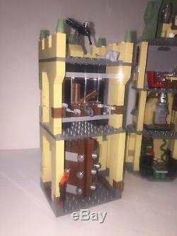 Lego Castle Harry Potter Poudlard (4842) 99% Complet