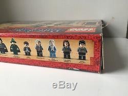 Lego Harry Potter Château De Poudlard (4842) 100% Complete Avec Boîte Et Instructions