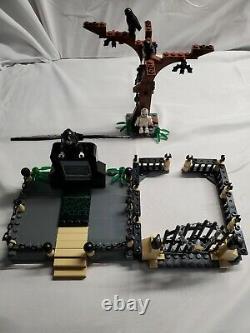 Lego Harry Potter Cimetière Duel # 100% Complet 4766 Avec Minifigures / Réservez