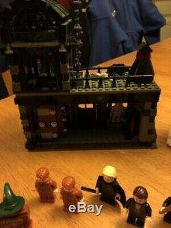 Lego Harry Potter Diagon Alley Set (# 10217) 100% Terminé À La Retraite 2011