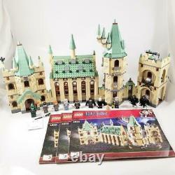 Lego Harry Potter Hogwarts Castle (4842) 100% Complet W Minifigures Mais 1 Décal