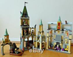 Première Édition Lego Harry Potter Château De Poudlard 4709 100% Complet Avec Figurines